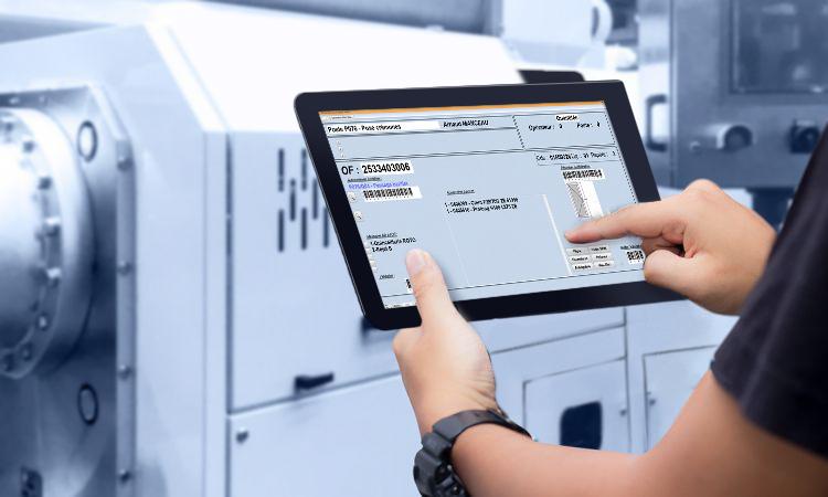 Opérateurs écrans digitalisation des ateliers Menuiserie Store Fermeture ELCIA ISIA Diapason